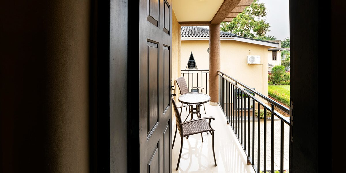 speke-resort-munyonyo-garden-villa-balcony-view
