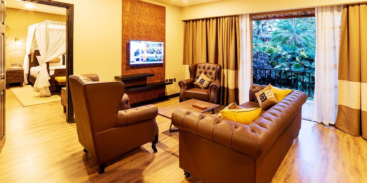 speke resort munyonyo - Junior suite -Sitting area with balcony