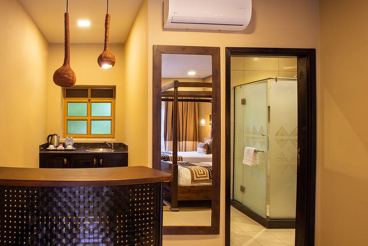 Speke Resort Munyonyo - Deluxe twin bathroom